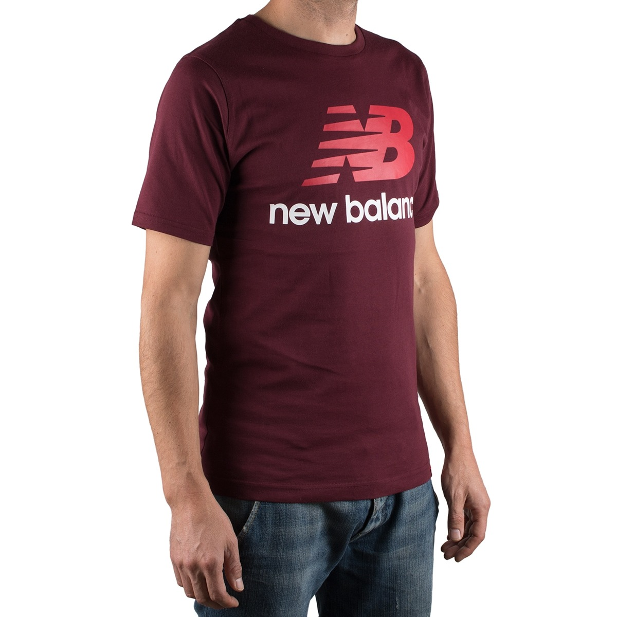New Balance Camiserta Essentials Stacked Logo Tee Granate Hombre