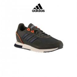 Adidas zapatilla 8K Legear Verde Caqui Naranja Hombre